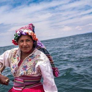 Voilier à Llachon - Lac Titicaca