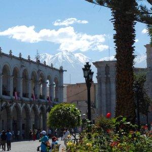 Voyage-au-Pérou-Arequipa-Plaza-de-armas